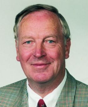 Dr. Wolfgang Kuhr